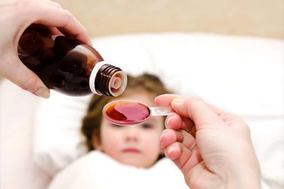 Erschreckend: Viele Eltern geben ihren Kinder zu viele Medikamente und vor allem falsche!