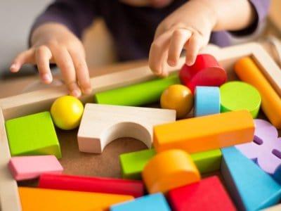 Feinmotorische Entwicklung beim Kleinkind