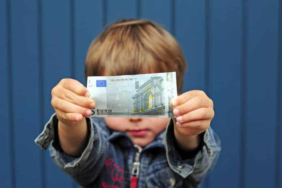 Braucht ein Kind Taschengeld?