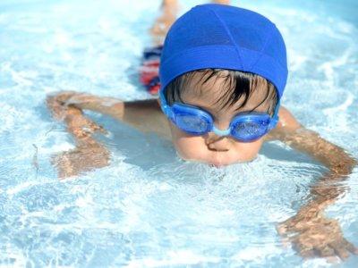Wann sollen Kinder schwimmen lernen?