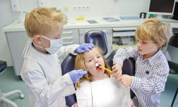 Au Backe – Mit dem Kind zum Zahnarzt: So funktioniert's!