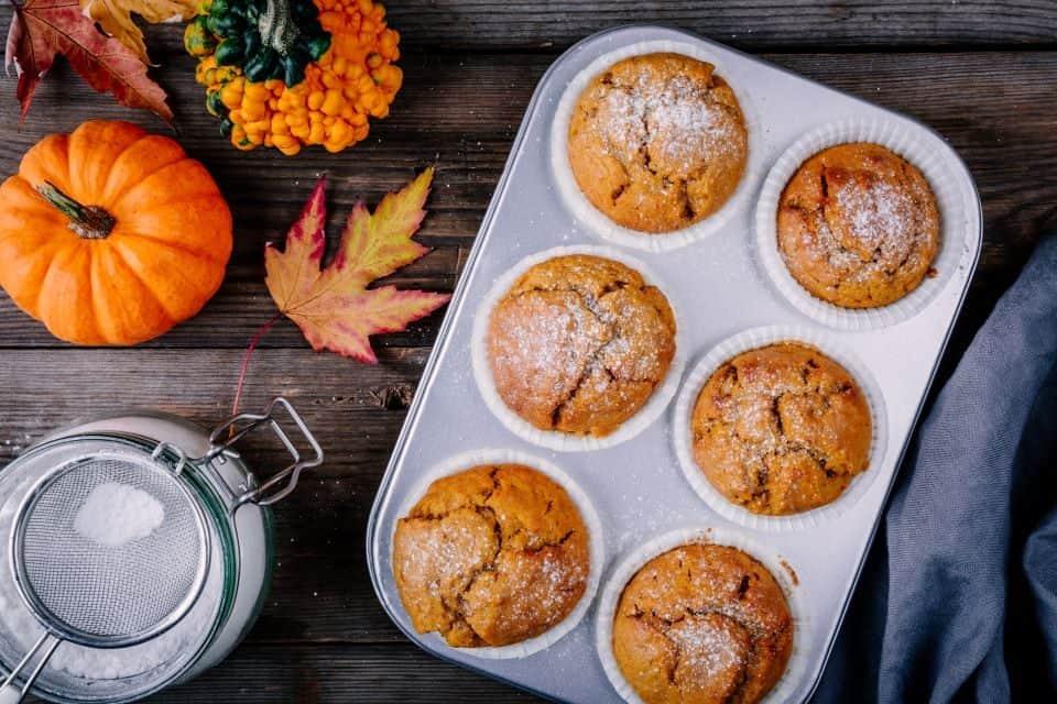 Pünktlich zu Halloween: Rezept für saftige Kürbis-Muffins