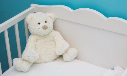 Einschlafhilfe: Babys helfen Alltagsgeräusche beim Einschlafen