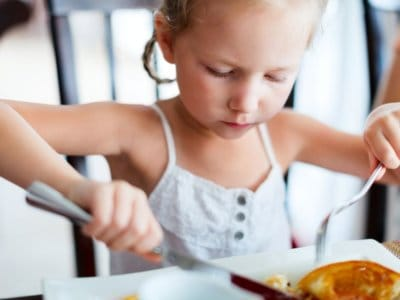 Tischmanieren: Feinschliff beim Essen
