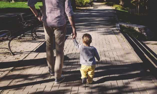 """Buchempfehlung für Kleinkinder: """"Mein Papa ist ein Riese"""""""