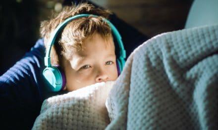 Kinder Hörbücher fördern Fantasie und Sprache