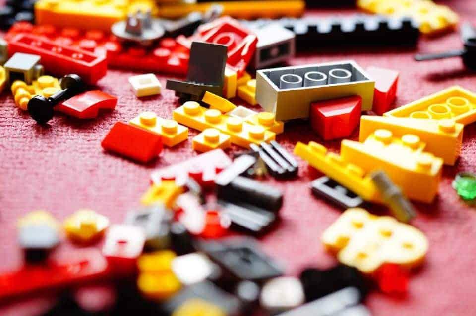 Happy Birthday Lego! Bunte Steine feiern Geburtstag