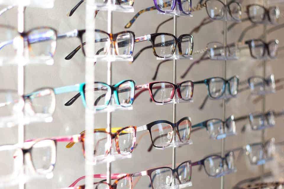 So finden Eltern die richtige Brille für ihre Kinder