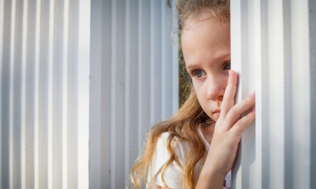 Hilfe, mein Kind wird gemobbt: So reagieren Sie richtig!