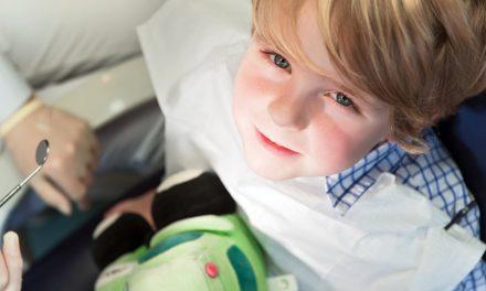 Kindern die Angst vorm Zahnarzt nehmen