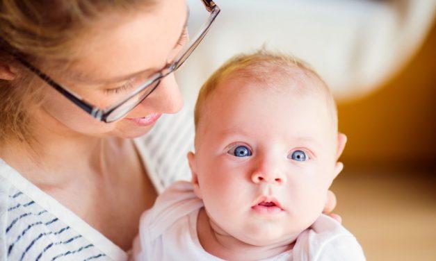 Lebensalter 3. bis 4. Monat: Baby in Bewegung