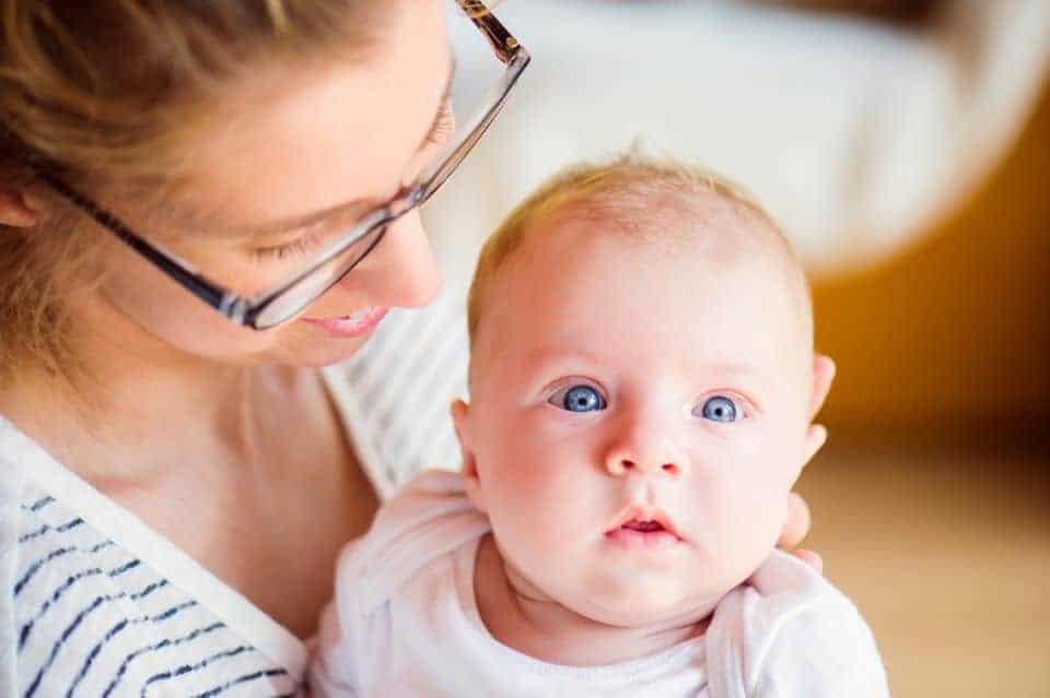 ebensalter 3. bis 4. Monat: Baby in Bewegung