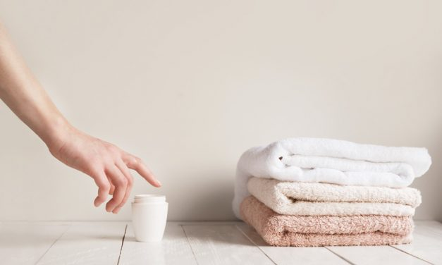 Damm Massage: Vorbeugemaßnahme gegen Dammschnitt oder Dammriss