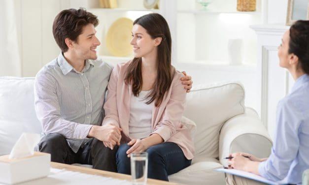 Kinderwunsch: Hormontherapie – ja oder nein?
