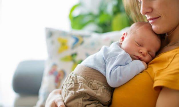 Wie oft soll ich mein Baby stillen?