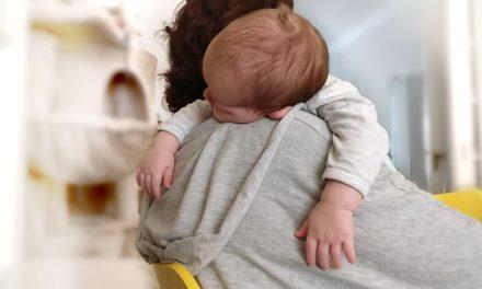 Erkältung: Wenn das Baby Schnupfen hat