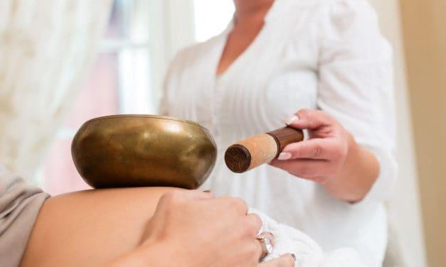 """Alternative oder """"sanfte"""" Methoden zur Minderung des Geburtsschmerzes"""