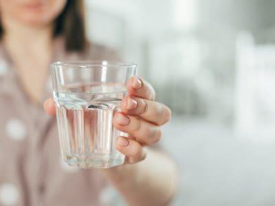 Trinken in der Stillzeit. Welche Getränke und wieviel?