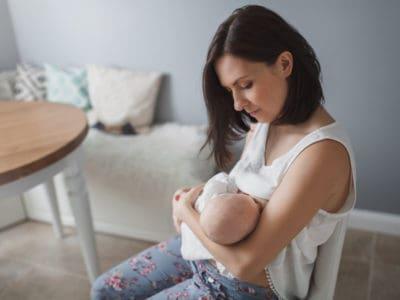 Silberhütchen: Schnelle Hilfe bei wunden Brustwarzen