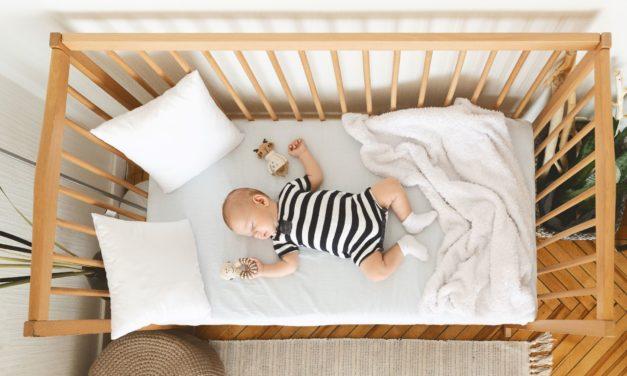 Beistellbett: So schläft das Baby sicher