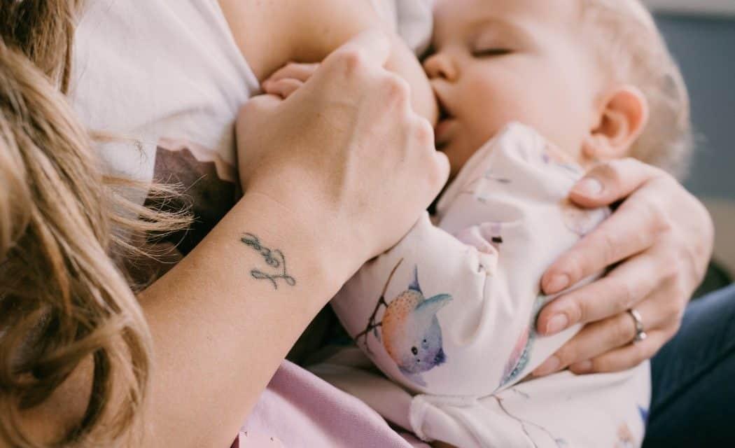Clusterfeeding: Wenn das Stillen zum Marathon wird