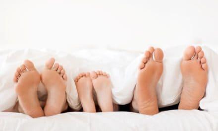 Familienbett: Ruhige Nächte, sicherer Schlaf