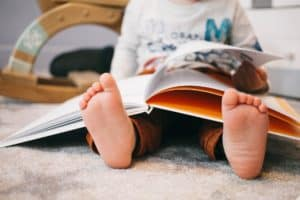 Das Wimmelbuch: Suchen und Liebe zum Detail entdecken