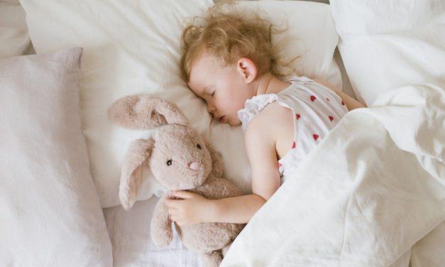 Der Mittagsschlaf: Kleine Erholungspause für das Kind